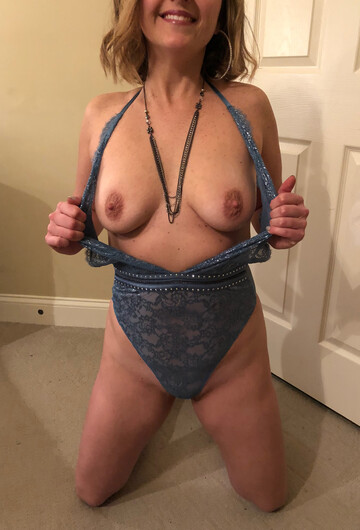 My sexy milf Sexy Milf Nsfw Pics Videos And Gifs From Reddit Nsfwnudes Com