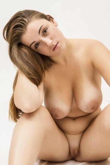 Van nude tiffany roest Post [657938885914066944]